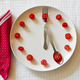 Plate of Tomatoes by Gwen Paton - Food & Drink Fruits & Vegetables ( red, clock, 5:00, plate, tomatoes )