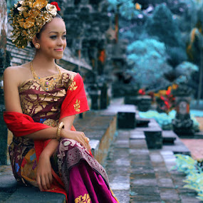 by Adie Photograph - People Portraits of Women ( bali )
