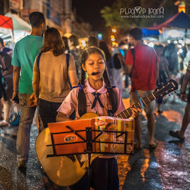 Excellent performer at Chiang Mai's night market.  by Bebe Leong - City,  Street & Park  Street Scenes ( street, thailand, performer, night, chiang mai )