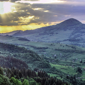 Sunset in Apuseni by Marius Turc - Landscapes Mountains & Hills