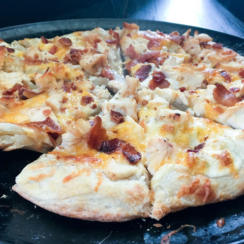 Ranch Chicken Pizza
