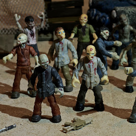 Walking Dead by AndyandSharon Light - Artistic Objects Toys