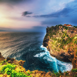 Uluwatu temple by Jijo George - Landscapes Sunsets & Sunrises ( bali, mountain, tourism, lake, travel, architecture, beauty, landscape, sun, island, tropical climate, sky, nature, indonesia, asia, sunrise - dawn, indonesian culture, travel destinations )