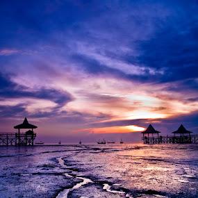 Pesona Pantai Kenjeran Surabaya by Teguh Ibrahim - Landscapes Sunsets & Sunrises ( landscapes )