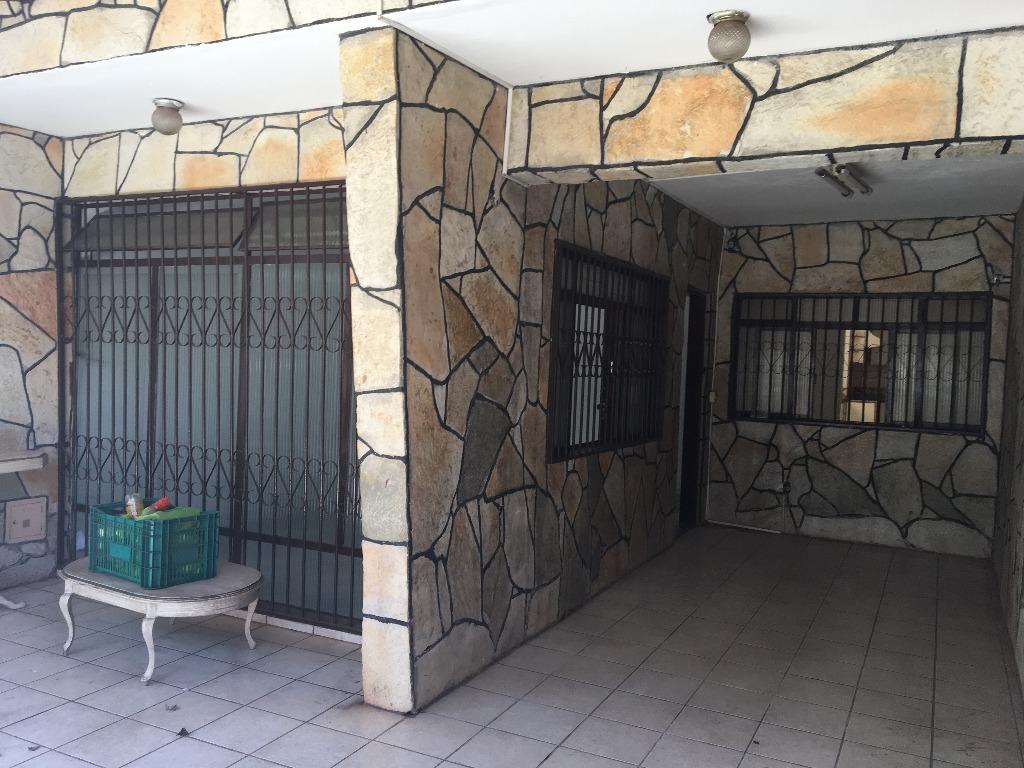 Casa de 3 dormitórios em Guará I, Guará - DF