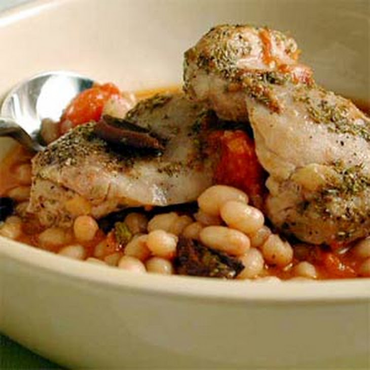 One-Dish Rosemary Chicken and White Beans Recipe | Yummly