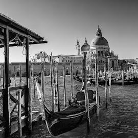 Gondola in Venice by Cora Lea - Black & White Landscapes