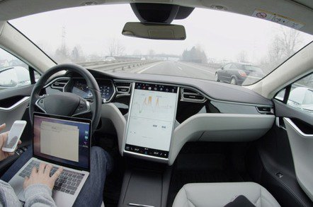 Oi, Elon: You Musk sort out your Autopilot! Tesla loyalists tell of code crashes, near-misses