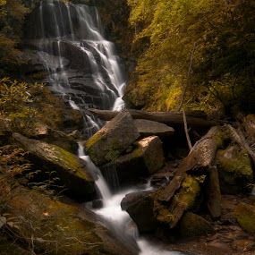 Estatoe Falls by Mark Turnau - Nature Up Close Water