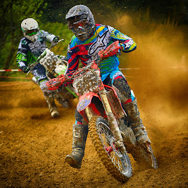 Fogging His Follower by Marco Bertamé - Sports & Fitness Motorsports ( motocross, dust, clumps, race, duel,  )