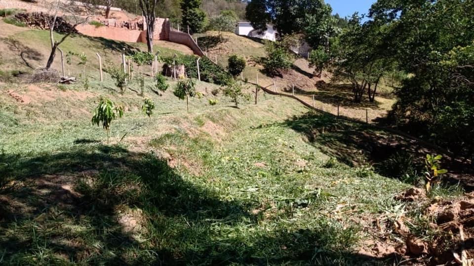 Terreno em Condomínio Alto Padrão à venda, 2000 m² por R$ 550.000 - Capela do Barreiro - Itatiba/SP