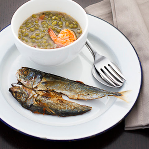 How to Make Monggo Guisado (Mung Bean Stew) and Fried Dried Salted Fish