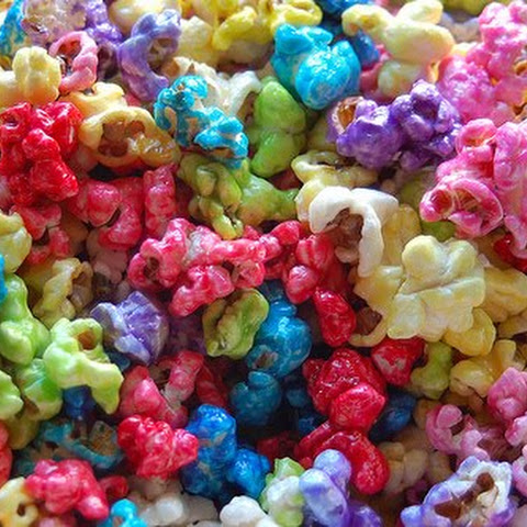 { Homemade Flavored Popcorn }