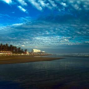 Acapulco by Cristobal Garciaferro Rubio - Landscapes Beaches ( water, sand, sea, beach, sea shore )