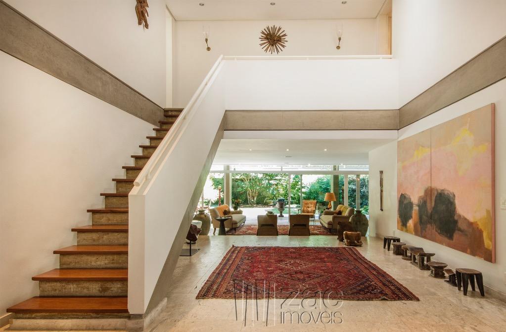 Classuda! arquitetura Julio Neves com interiores de Aurelio Flores