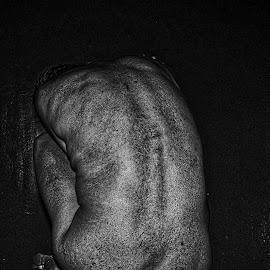 by Ukri Manu - Nudes & Boudoir Artistic Nude