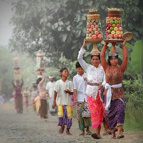 THE STRONGER BALI's GIRLs by Ezha Nizami - People Family