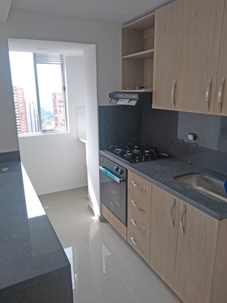 apartamento en arriendo san german 679-16280