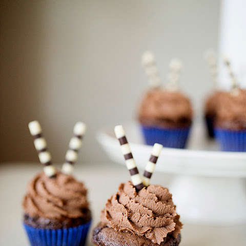 Chocolate Cupcakes with Whipped Milk Chocolate Ganache