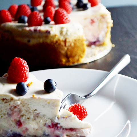 Red, White, and Blue Berry Cheesecake