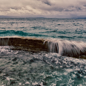 wave by Mislav Glibota - Landscapes Waterscapes ( wave, croatia colour, split, dalmatia )
