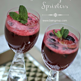 Ring in the New Year with Refreshing Blackberry Mint Spritzers {Recipe} #MingleNMix #ad