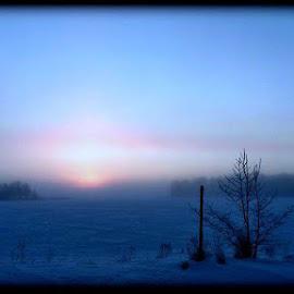 Toinen tämän päivän otos. by Marko Paakkanen - Landscapes Weather