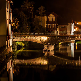 A Saint Jean de Pied de Port by Pascal Aunai - Landscapes Starscapes ( pascalphotos.net, lights, galerie photo pascal, http://www.pascalphotos.net/, pascal photo sport auto, pays basque, night, saint jean pied de port,  )