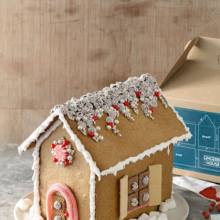 DIY Gingerbread-House Kit