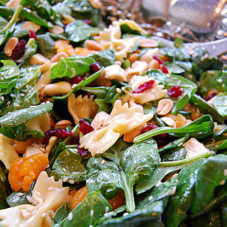 A Crowd Pleaser – Spinach and Chicken Pasta Salad