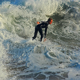 Cruising the Wave by Jeannine Jones - Sports & Fitness Surfing