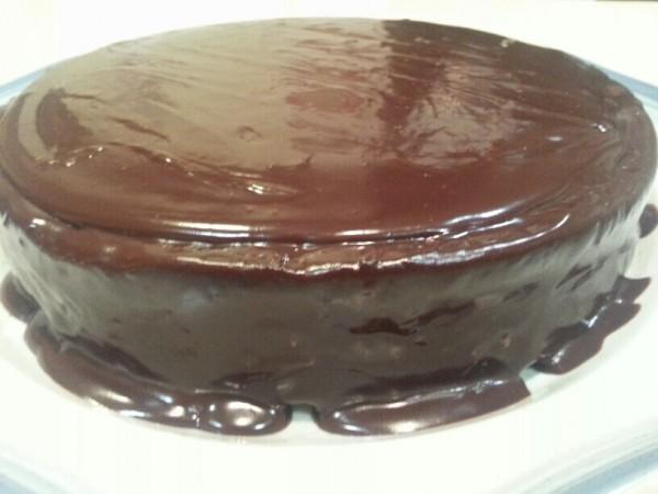 Flourless Chocolate Cake With Chocolate Glaze Recipes — Dishmaps