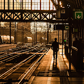App train station wallpaper APK for Windows Phone