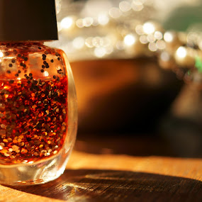 light, glitter, sparkle… by Afzal Khan - Artistic Objects Still Life ( tiny, a57k, detail, colorful, shining, pwcstilllife, blur, sparkle, bokeh, character, lights, circles, macro, point of view, jar, shadow, alpha, dark, composition, glitter, foreground, imagine, dream, enamel, silver, beautiful, white, close up, highlights, sony, red, depth of field, artistic, view, small, golden, polish )