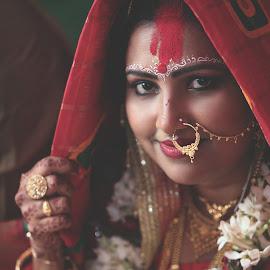 ek chutki sindur by Saugata Paul - Wedding Bride