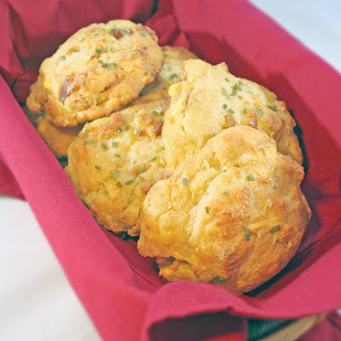 Quick Cheddar Bacon Biscuits