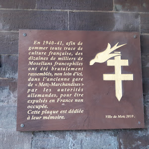 In 1940-41, in order to erase all traces of French culture, the German authorities brutally assembled ten thousands of Francophile inhabitants of the Mosel region not far from here at the old train ...