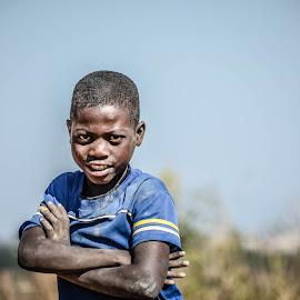 by Cesar Passinhas - Babies & Children Child Portraits ( angola, huambo, children, africa, portrait )