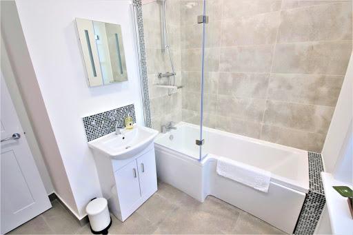 2 Bedroom, 1 Bathroom