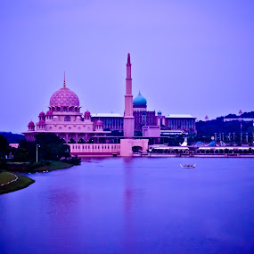 putra jaya by Mohammed Arief - Buildings & Architecture Places of Worship