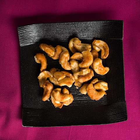 Honeyed Cashews with Kosher Salt