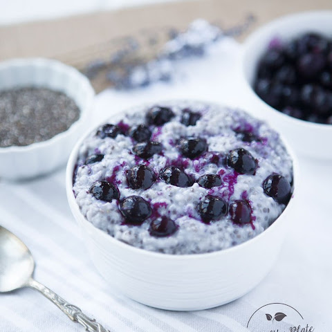 Chia Oatmeal with Blueberries