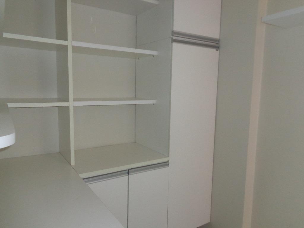 Apartamento com 3 dormitórios para alugar, 100 m² por R$ 1.100,00/mês - Manaíra - João Pessoa/PB
