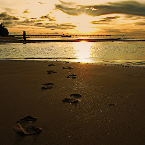 Lost in track by Zulkifli HAL - Landscapes Sunsets & Sunrises ( pwcotherworldly )