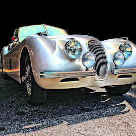 Taken in 2016 by JEFFREY LORBER - Transportation Automobiles ( 1950's, jaguar, lorberphoto, rust 'n chrome, jag, 1952 jag, jeffrey lorber )