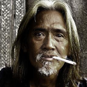 by Fresco Jr Linga - People Portraits of Men
