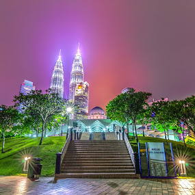 Asy-Syakirin Mosque with Petronas Twin Tower by Shahril Khmd - Buildings & Architecture Public & Historical ( twin, holiday, tower, mosque, petronas, scene, night, malaysia, worship, kuala lumpur, city )
