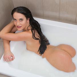 Bath by Gary Bradshaw - Nudes & Boudoir Artistic Nude