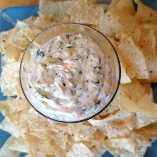 [Skinny] Spinach Dip with Greek Yogurt