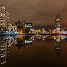 Dublin`s Docklands by Slawomir Majchrzak - Landscapes Travel ( water, ireland, harbour, cliff, city, city at night, street at night, park at night, nightlife, night life, nighttime in the city )